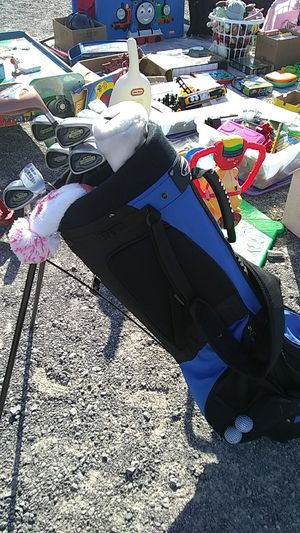 Women's Right-handed Golf Clubs with balls and tees for Sale in Richmond, VA
