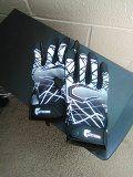 Gloves for Sale in Santa Fe, NM