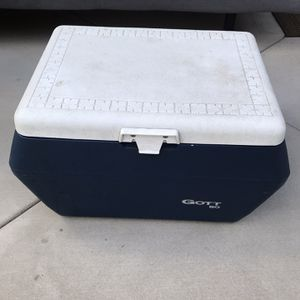 Cooler for Sale in Glendale, CA