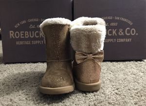 Fur Winter Boots for Toddler girls for Sale in Smyrna, GA