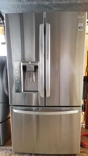 LG stainless steel French door refrigerator for Sale in Vista, CA