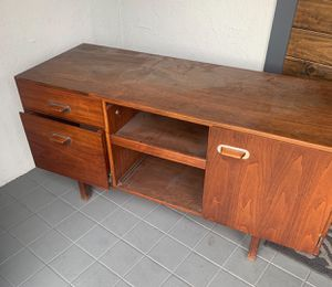 Wooden Desk for Sale in Compton, CA