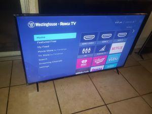 "Westinghouse 50"" 4K Ultra HD Roku Smart for Sale in Fresno, CA"