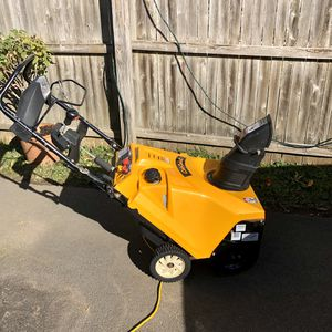 Snow blower for Sale in Cromwell, CT