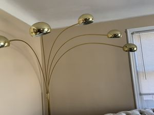 Floor lamp for Sale in Hazel Park, MI