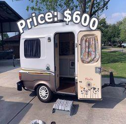 W0w! Great Premium Body 1984 Rare vintage camper.$600 for Sale in San Jose,  CA