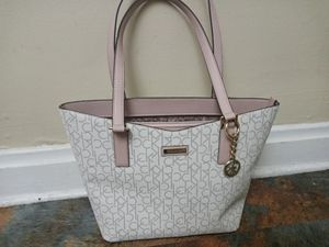 Calvin Klein Tote Bag Purse for Sale in Columbus, OH