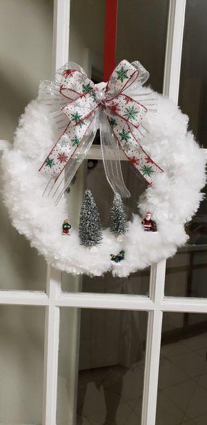 White christmas wreath for Sale in Orlando, FL