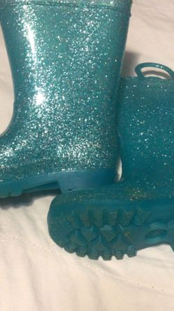 Aqua 2T Glitter Rain boots for Sale in Carriere,  MS