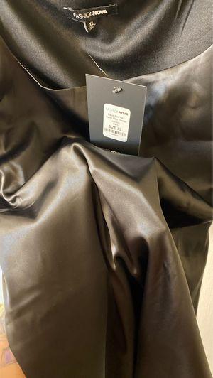 Black Satin mini Dress. Never Worn. Size XL for Sale in Atlanta, GA