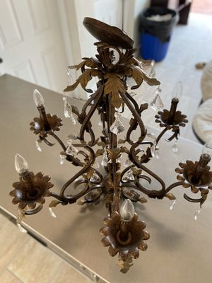 Bronce Chandelier light for Sale in Miami, FL