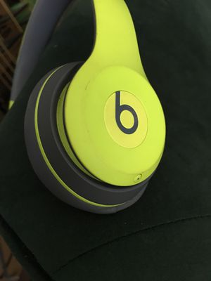 Beat solo wireless for Sale in Los Angeles, CA