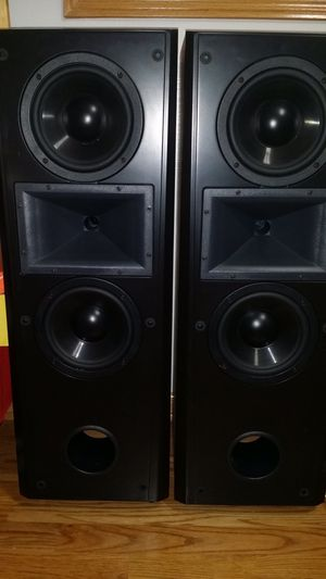 2 klipsch cf2 speakers, everything is working good and very good. for Sale in Carol Stream, IL