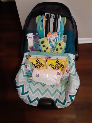 Baby car seat and accessories for Sale in Austin, TX