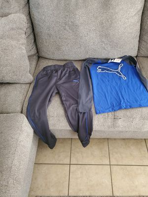 Puma clothing and more clothing size 8 9 10 pants levi and Abercrombie for Sale in Pflugerville, TX
