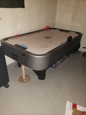 Air hockey table for Sale in Peabody, MA