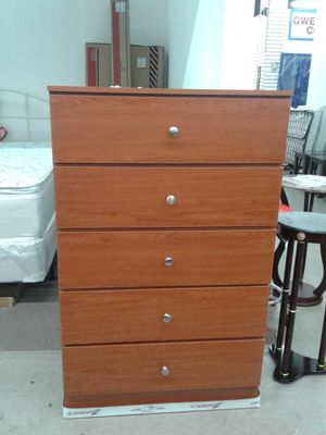NEW 5 drawer chest available in light cherry, black, white or cappuccino. for Sale in Miramar, FL