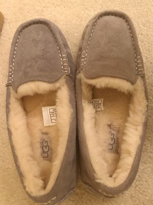 Brand new UGG suede moccasin size 5 for Sale in Irvine, CA
