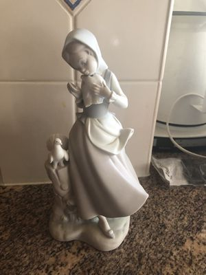 Porcelain Lladro figurines for Sale in Chesterbrook, PA