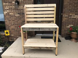 Garden Potting Bench for Sale in Strongsville, OH