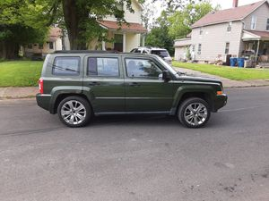 09 jeep Patriots with or without rims for Sale in Lorain, OH