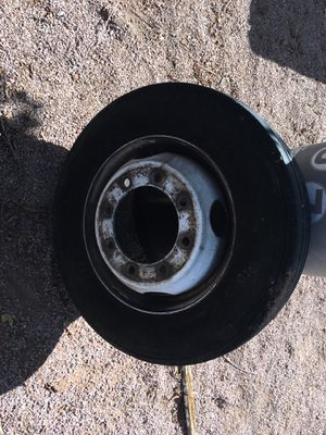 Tire and rim F650 medium duty Chevy for Sale in Fort McDowell, AZ