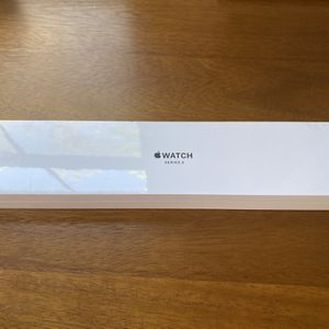 New Apple Watch Series 3 38mm for Sale in Irvine, CA