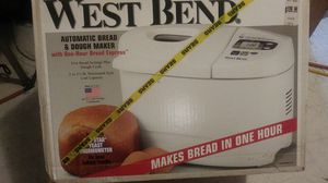 West Bend automatic bread maker for Sale in Burleson, TX