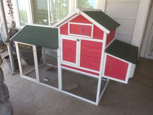 Chicken Coop with run for Sale in Norco, CA