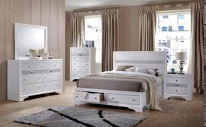 4 PCS QUEEN BEDROOM SET INCLUDED BED FRAME DRESSER MIRROR AND ONE NIGHT STAND for Sale in Chino, CA