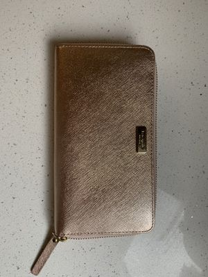Rose Gold Kate Spade wallet for Sale in Staten Island, NY