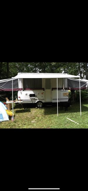 2007 Fleetwood Saratoga Highlander pop up camper for Sale in Cheshire, CT