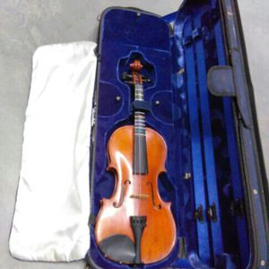 Violin Needs Work for Sale in San Diego, CA