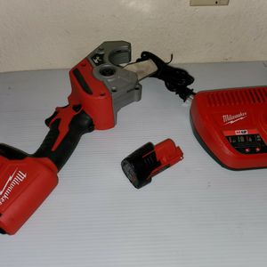 M12 12-Volt Lithium-Ion Cordless PVC Pipe Shear come With Battery And Charger for Sale in Mount Hamilton, CA