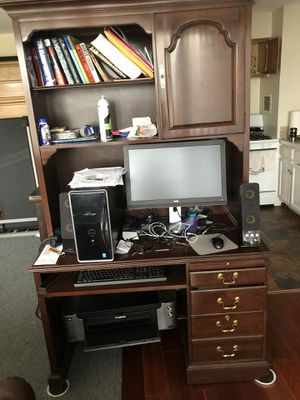 COMPUTER DESK AND BOOKS SHELF for Sale in Hyattsville, MD