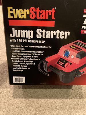 EverStart Jump Starter w/ 120 PSI Digital Compressor for Sale in Alexandria, VA