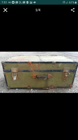 Vintage Trunk $10 for Sale in Colorado Springs, CO