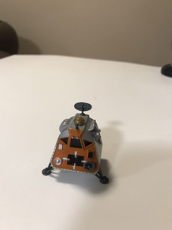 6 model lost in space 1998 , 4 models by TM&c A funko inc product