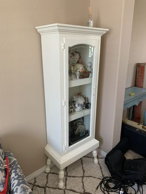 Antique looking hutch for Sale in Temecula, CA