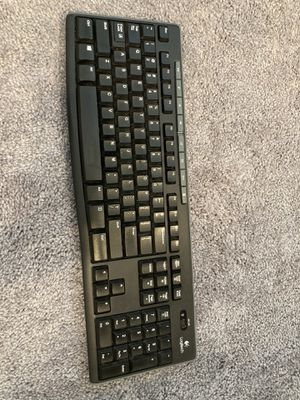 Logitech wireless keyboard for Sale in Vernon Hills, IL