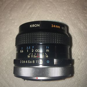 Kiron 24mm f2. Fast prime wide angle lens Canon FD for Sale in San Gabriel, CA