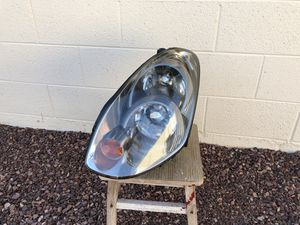 2005 - 2006 Infiniti G35 OEM HID headlight, driver side, headlamp, front light, car parts, auto parts for Sale in Glendale, AZ