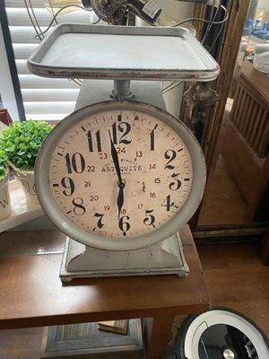 Vintage Style Scale Kitchen Clock for Sale in Oak Hills, CA