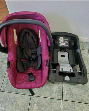 Car seat with base for Sale in Compton, CA