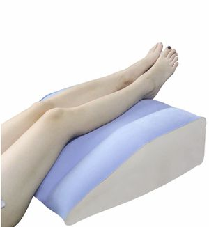 Inflatable Leg Wedge Pillow for Elevation for Sale in Quitman, TX