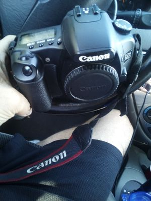 Canon EOS 30D Digital Camera for Sale in Dudley, NC