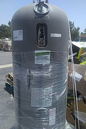 Marathon Electric Water Heater for Sale in Sierra Madre, CA