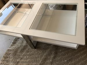 Coffee table glass silver and white for Sale in Sacramento, CA