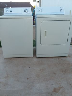 Whirlpool washer and amana dryer for Sale in Phoenix, AZ