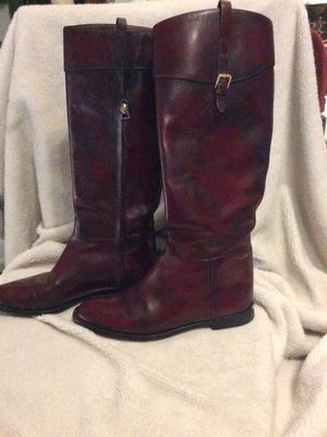 Absolutely GORGEOUS pair of Burberry boots size 36.5. Genuine Italian leather, Like new for Sale in Biloxi, MS